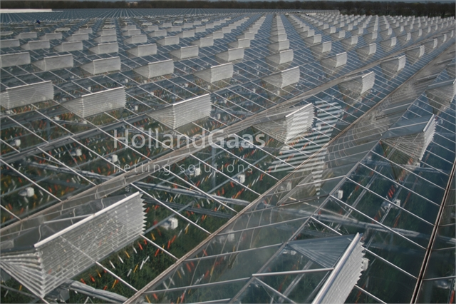 Insect-Bug-Netting-Cassete-Systems-for-all-types-of-Glass-Greenhouses01