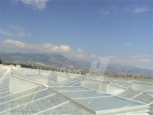 Insect-Bug-Netting-Cassete-Systems-for-all-types-of-Glass-Greenhouses03